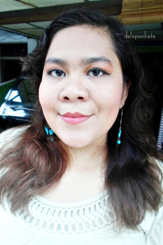 Using: Eye Shadow – Sariayu Inspirasi Papua P02 Eye Liner – Sariayu Inspirasi Papua P02 (Hitam) Lipstick – Duo Lipstick Sariayu Inspirasi Papua 03 Mascara - Sariayu Inspirasi Papua