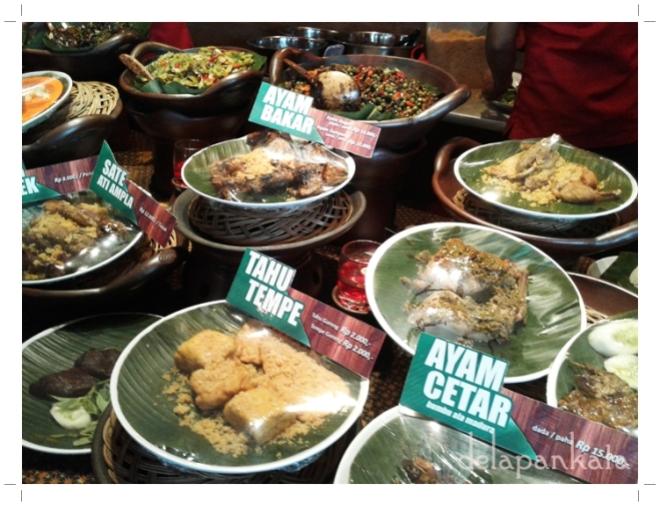 Semua makanan yang di-display ini asli lho!  (Foto dok. pribadi)