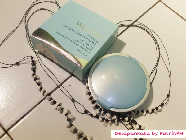 [REVIEW MAKE UP] Wardah Everyday Luminous Two Way Cake