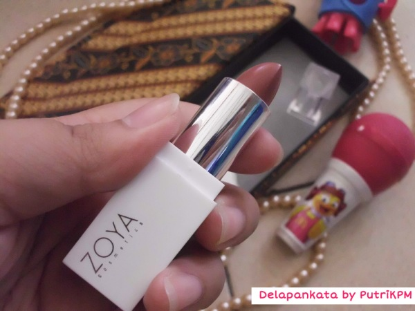 Zoya Lipstick review