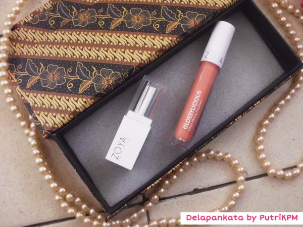 Right to the left: Lipstick and Lipgloss by Zoya