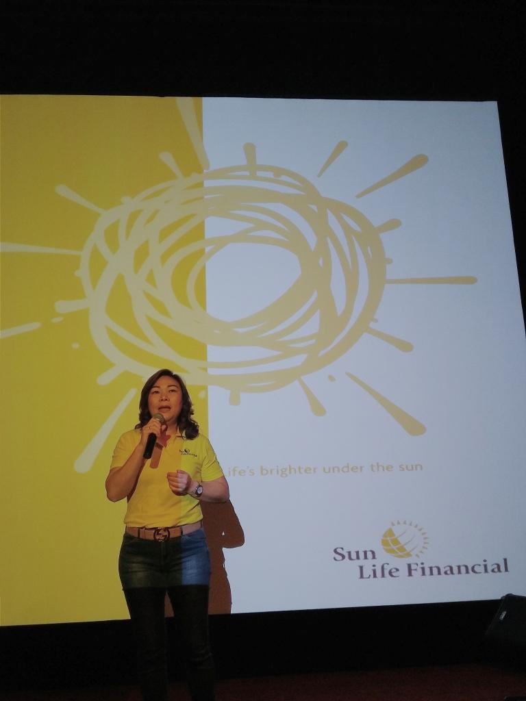 Ibu Elin Waty, Director and Chief Distribution Officer Sun Life