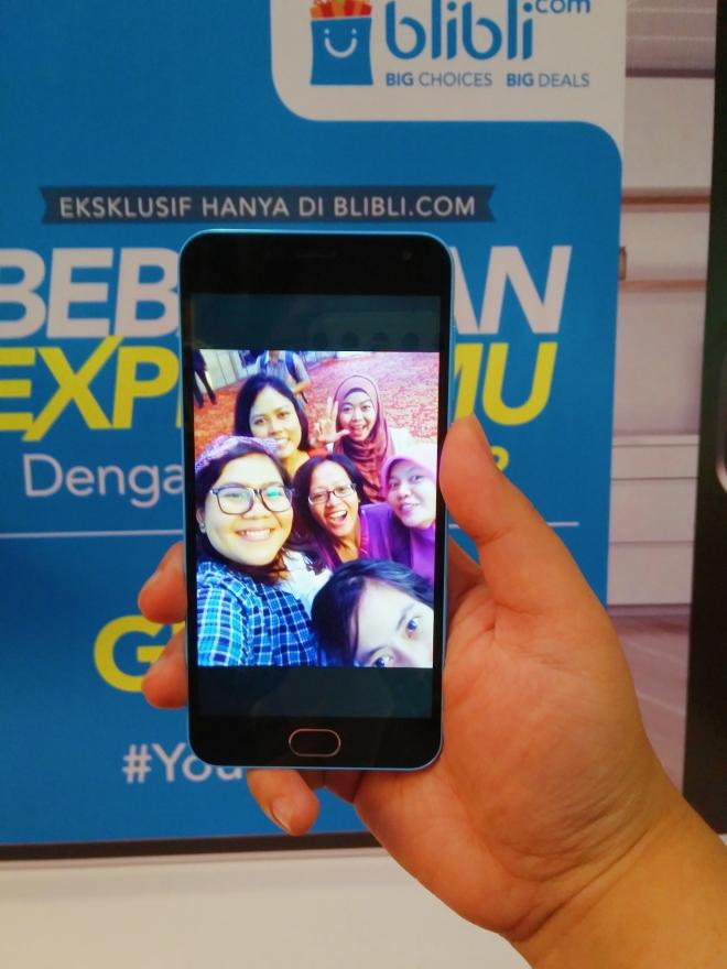 Selfie tanpa blur padahal shaking :D