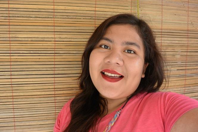 Senin Feminin_Make-Up Review_Precious Blemish Balm Cream_Swatches on face 2
