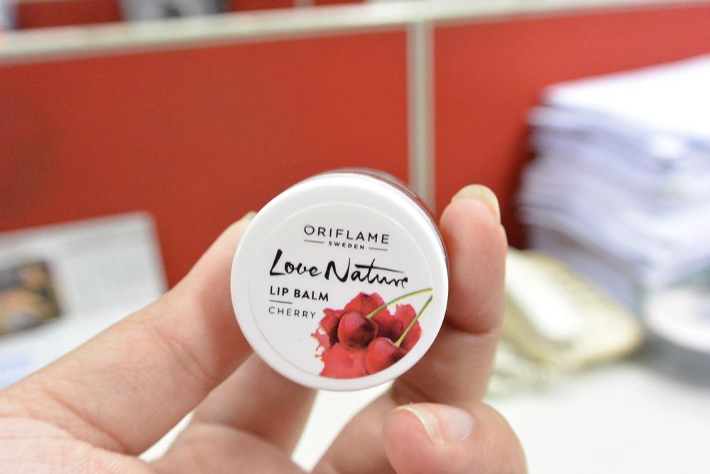 Oriflame Love Nature Lip Balm Cherry DelapanKata PutriKPM