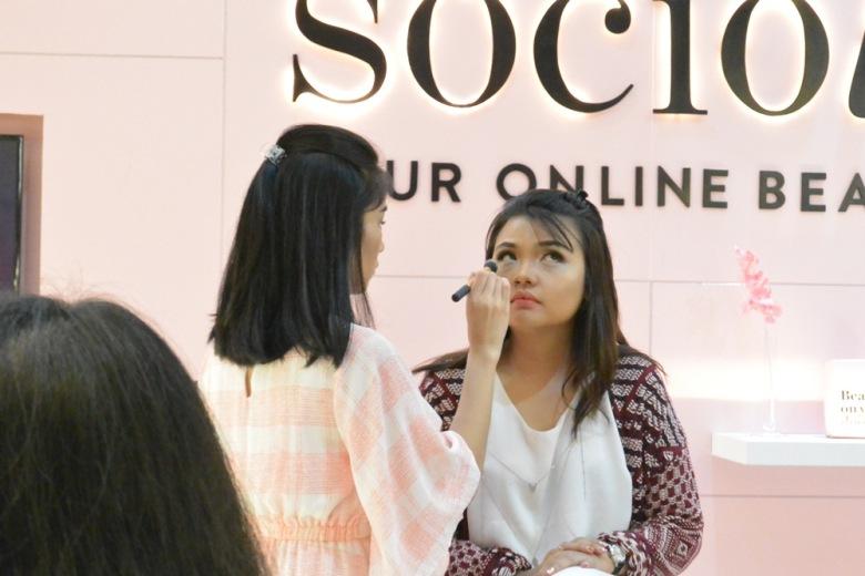 Sociolla Pop Up Plaza Indonesia Putri Kansil 2