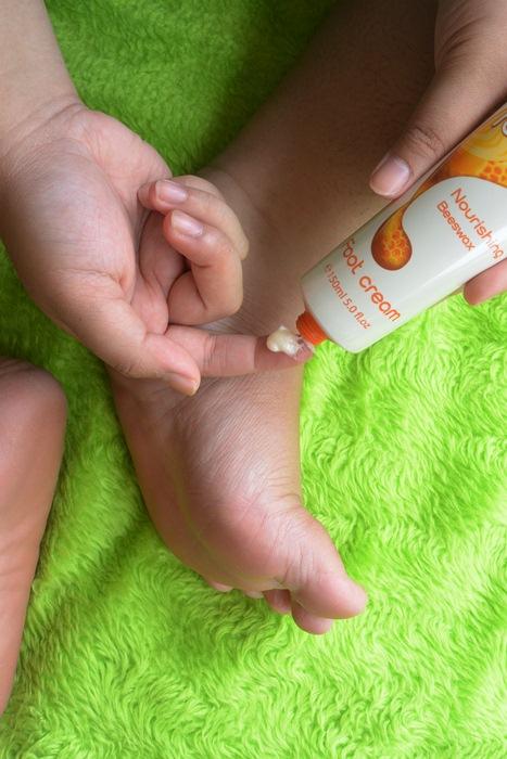 Happy Feet - Feet Up By Oriflame - PutriKPM - DelapanKata 4