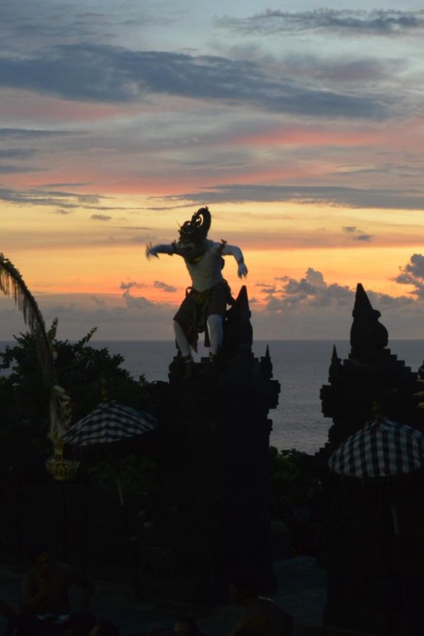 Putri Odi Lamaran Di Bali - DelapanKata 4