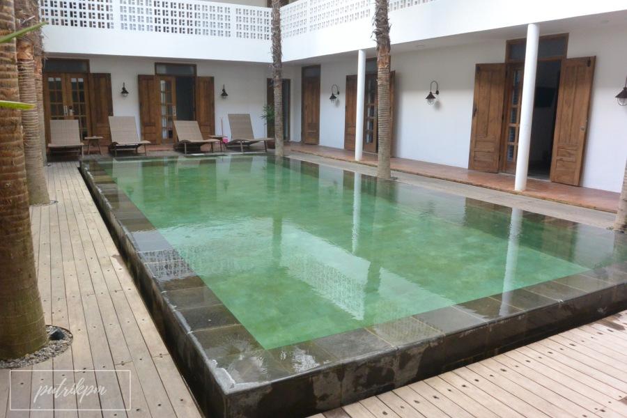 Adhisthana Hotel Suite Upper Ground Room - Delapankata - Swimming Pool 2