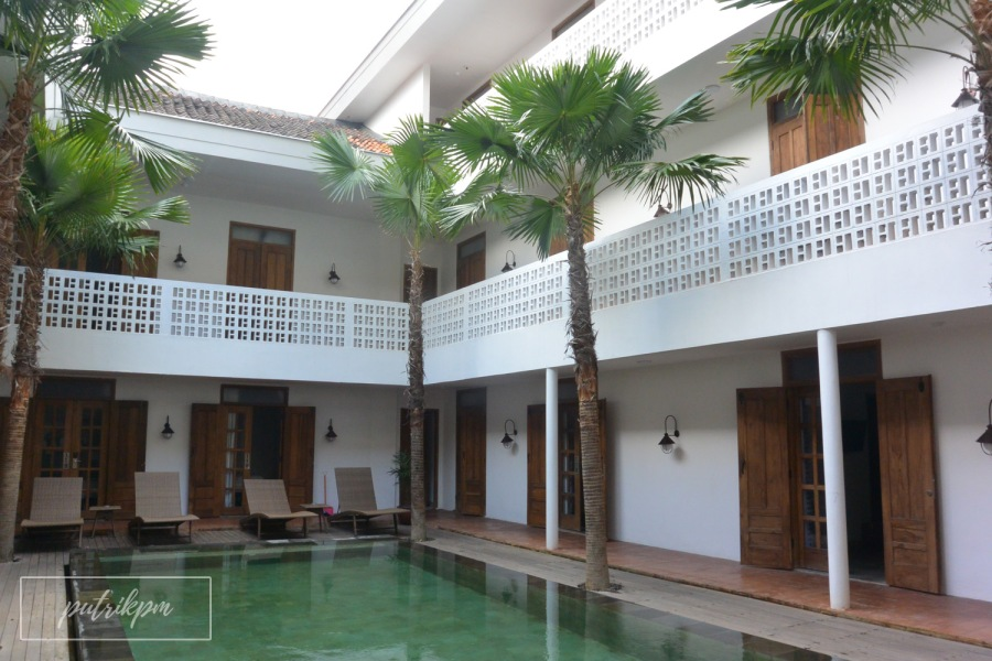 Adhisthana Hotel Suite Upper Ground Room - Delapankata - Swimming Pool