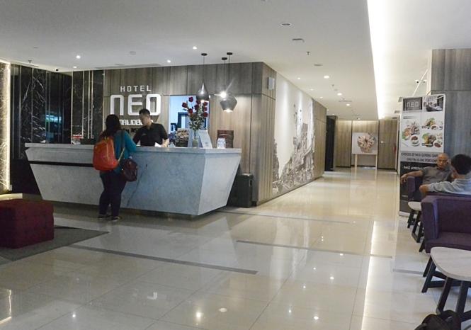 Lobby Hotel Neo Malioboro - Delapankata